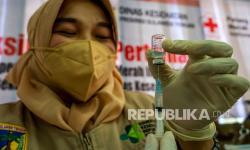 Pemkot Gelar Vaksinasi Penumpang Terminal Induk Bekasi