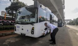 Transjakarta Uji Coba Bus Listrik Rute Balai Kota - Blok M