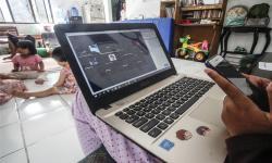 Orang Tua tak Perlu Resah, Sekolah di DKI Tetap dari Rumah