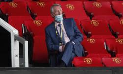 Tak Lindungi Solskjaer, Sir Alex Ferguson Marah pada Bos MU