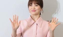 Song Hye-kyo Pamer Dukungan dari Teman-teman