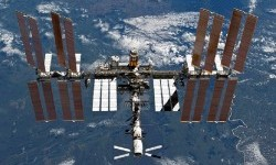 Astronaut Tinggalkan Jejak Mikroba Unik di Ruang Angkasa