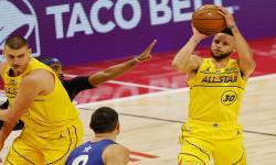 Tim LeBron James Kalahkan Tim Durant di NBA All-Star 2021