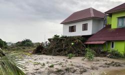 Kesaksikan Warga Deli Serdang, Sumut, Saat Banjir Menerjang