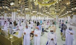 Menteri Haji: Sholat di Masjid Nabawi tidak Perlu Izin