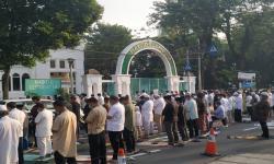 Begini Suasana Sholat Idulfitri di Masjid Cut Meutia