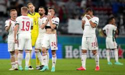 Ekspresi skuad Hungaria setelah pertandingan sepak bola babak penyisihan grup F UEFA EURO 2020 melawan Jerman di Muenchen, Jerman, Kamis (24/6).