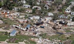 Tornado Landa Ceko, Setidaknya 150 Orang Terluka