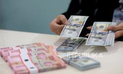 Rupiah Melemah Seiring Perkembangan Paket Stimulus