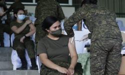 In Picture: Tentara Filipina Mulai Jalani Vaksinasi Covid-19
