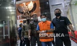 In Picture: KPK Tahan Mantan Bupati Bogor Rachmat Yasin