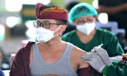 Pemerintah Gagas Program Wisata ke Bali Dapat Vaksin