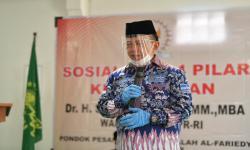 Wakil Ketua MPR Ajak Santri Cintai Konstitusi