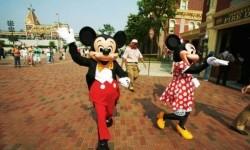 Iklan Pembukaan Kembali Walt Disney World Tuai Kritik Pedas