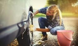 Sempatkan Cuci Mobil Selama Lebaran di Rumah
