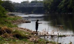 Polisi Tetapkan 2 Tersangka Pembuang Limbah di Bengawan Solo