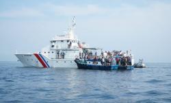 Hindari Jalur Penyekatan, Pemudik Gunakan Kapal Tradisional