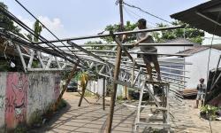 Bantuan Korban Puting Beliung di Padang Pariaman Disalurkan
