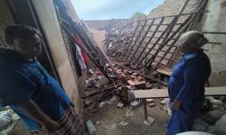 Warga di Jember Berhamburan Keluar Rumah Saat Gempa Malang