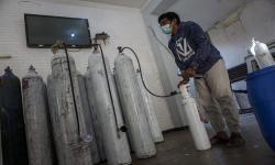 Aksi Berbagi Oksigen Gratis Bagi Masyarakat di Pekalongan