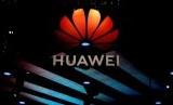 Huawei Bilang Corona Tak Beri Dampak Masif ke Bisnisnya, Analis Ragu. (FOTO: Reuters/Aly Song)