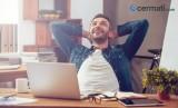 Tips Jadi Sosok Tegas Namun Tetap Ramah di Kantor