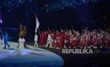 Devile Atlet Indonesia dalam penutupan penyelenggaraan Asian Games ke 18 di Stadion Utama Gelora Bung Karno, Jakarta, Ahad (2/9).