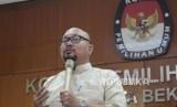Komisioner KPU Pusat Ilham Saputra
