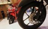 Skutik Baru. Tampilan motor Honda Genio saat diluncurkan di Jakarta, Jumat (21/6).