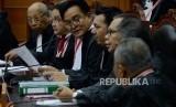 Ketua Tim Hukum Joko Widodo-Ma'ruf Amin, Yusril Ihza Mahendra saat mengikuti sidang lanjutan Perselisihan Hasil Pemilihan Umum (PHPU) Pemilihan Presiden (Pilpres) 2019 di Gedung Mahkamah Konstitusi, Jakarta, Selasa (18/6).