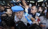Terdakwa kasus tindak pidana korupsi KTP Elektronik Setya Novanto tersenyum usai mengikuti  sidang lanjutan  dengan agenda putusan sela  di TIPIKOR, Jakarta, Kamis (4/1).