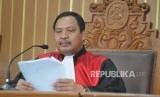 Hakim Tunggal Kusno memimpin sidang gugatan praperadilan yang diajukan Ketua Umum Partai Golkar Setya Novanto di PN Jakarta Selatan