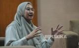 Ketua Umum Badan Kontak Majelis Taklim (BKMT) Syifa Fauzia dalam sesi wawancara dengan Republika di Jakarta, Senin (1/4).