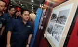 Ketua INASGOC Erick Thohir berkunjung ke Pameran Sejarah Asian Games di Kementerian Pendidikan dan Kebudayaan, Jakarta, Rabu (2/5).
