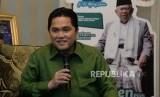 Ketua Tim Kampanye Nasional (TKN) Jokowi-Ma'ruf Amin,Erick Thohir memberikan keterangan usai melakukan pertemuan dengan Cawapres no urut 01 KH Ma'ruf Amin di rumah Situbondo, Jakarta, Senin (10/12).