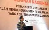 Ketua Umum Asosiasi Pengusaha Indonesia (APINDO) Hariyadi Sukamdani memberikan sambutan dalam seminar nasional di Jakarta, Jumat (14/9).