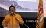 Ketua Umum Partai Hanura Oesman Sapta Odang memberikan sambutan saat syukuran lolosnya Partai Hanura verifikasi pada Pemilihan Umum (Pemilu) 2019 di kawasan Kuningan, Jakarta, Kamis (22/2).