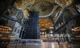 Cara Turki Tutup Mozaik Kristiani di Hagia Sophia