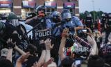 Jam malam diperpanjang setelah aksi protes kematian George Floyd diwarnai kericuhan. Ilustrasi.