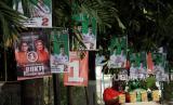 Badan Pengawasan Pemilihan Umum (Bawaslu) menjatuhkan 381 sanksi peringatan tertulis dan membubarkan 17 kegiatan kampanye tatap muka yang melanggar protokol kesehatan pencegahan Covid-19 dalam periode 10 hari kelima (5-14 November 2020).