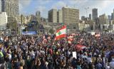 Pengunjuk rasa Lebanon menuntut diberhentikannya seluruh anggota DPR yang dipimpin oleh Nabih Berri, dan Presiden Michel Aoun - Anadolu Agency