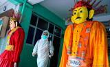Angka pemakaman di Jakarta pada Maret meningkat tajam di tengah pandemi corona.