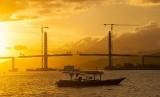 Teluk Ambon.  (Antara/Embong Salampessy)