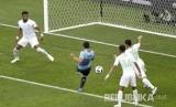 Tekuk Arab Saudi, Uruguay Melaju ke Babak 16 Besar