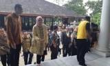 Bupati Purwakarta Anne Ratna Mustika bersama Dubes Finlandia Jari Sinkari, saat membahas soal kerja sama peningkatan kualitas pendidikan, di Gedung Negara Purwakarta, Jumat (9/11).