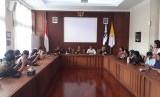 Pertemuan Rektorat Universitas Gadjah Mada (UGM) dan rekan-rekan  penyintas kasus dugaan pelecehan seksual, yang digelar di Ruang Sidang  Rektorat, Jumat (7/12).