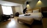 Menginap di hotel (ilustrasi)
