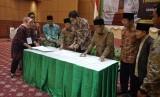 MUI, Kementerian Agama dan Komisi Penyiaran Indonesia menandatangani kesepakatan koordinatif kerjasama (MoU) pada Rabu (13/3).