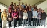 Menteri Pendayagunaan Aparatur Negara dan Reformasi Birokrasi (PAN-RB), Syafruddin terpilih sebagai Ketua Majelis Wali Amanat (MWA) Universitas Hasanuddin periode 2019-2023 dalam rapat yang dihadiri Wakil Presiden Jusuf Kalla di Kantor Wakil Presiden, Jakarta, Jumat (22/3).