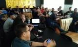 Suasana pelatihan Search Engine Optimization (SEO) yang digelar Forum Wartawan Otomotif (Forwot) Sabtu (23/3).